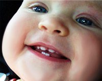 Зубы у детей, режутся, малыш, младенец, смеется