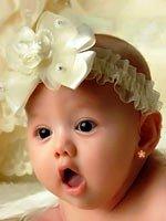 Когда стоит проколоть ребенку уши?