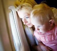 Как сделать перелет ребенка в самолёте комфортным