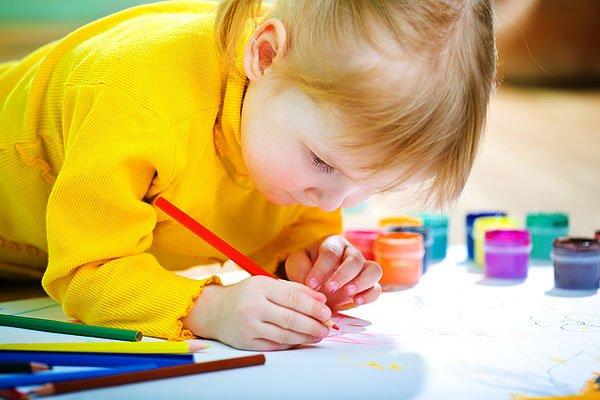 Характер ребенка по любимому цвету
