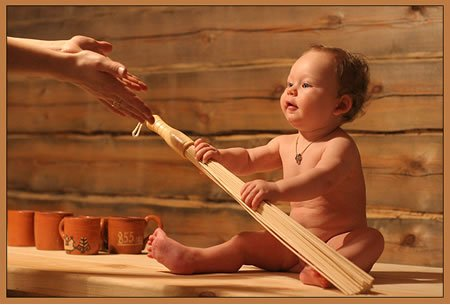 Ребенок в сауне или в бане
