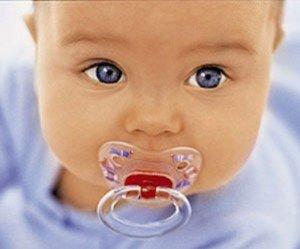 Выбираем пустышку для младенца