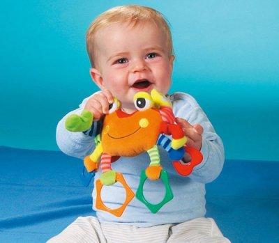 10 месяцев ребенку: что он умеет в этом возрасте