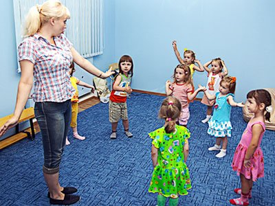 Отправляем кроху в центр развития ребенка