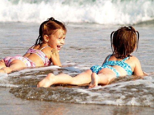 Семейный отдых дети на пляже